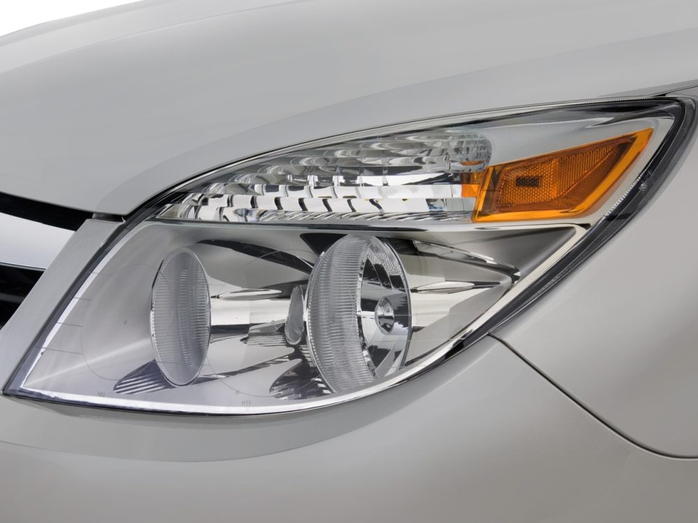 medium resolution of  2007 saturn aura xe sedan headlight 2007 saturn aura reviews and rating motor trend saturn outlook saturn outlook headlight wiring harness