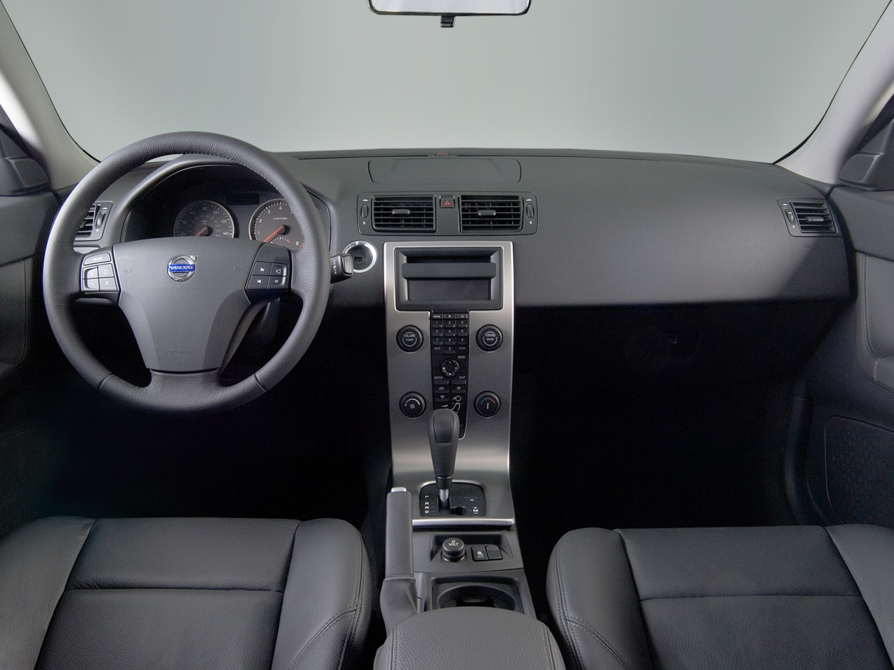 hight resolution of 2007 volvo s40 oil capacity specs view manufacturer details