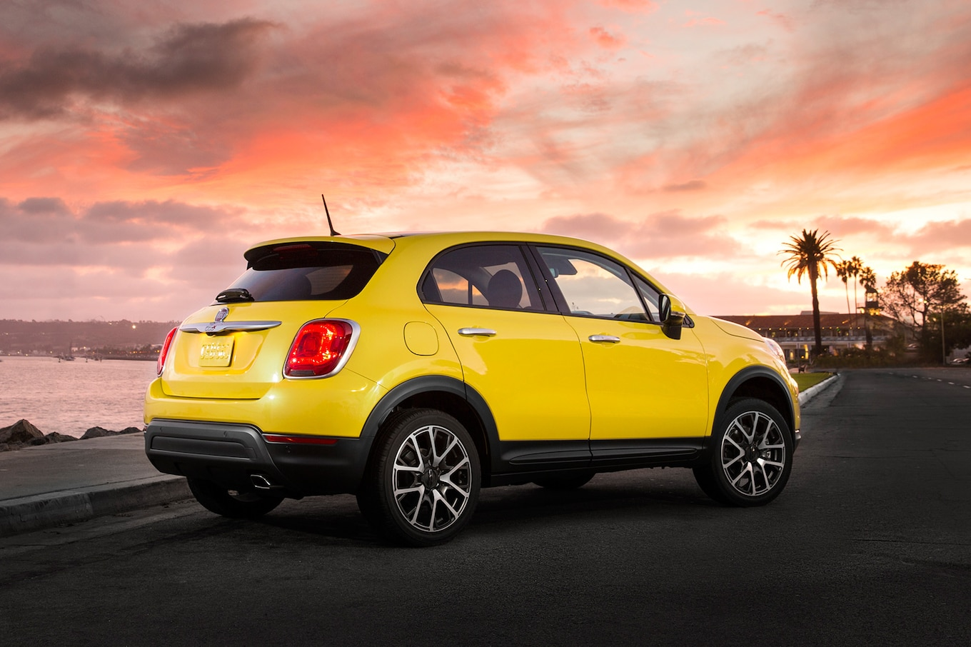 Fiat 500x Reviews Research New & Used Models  Motor Trend