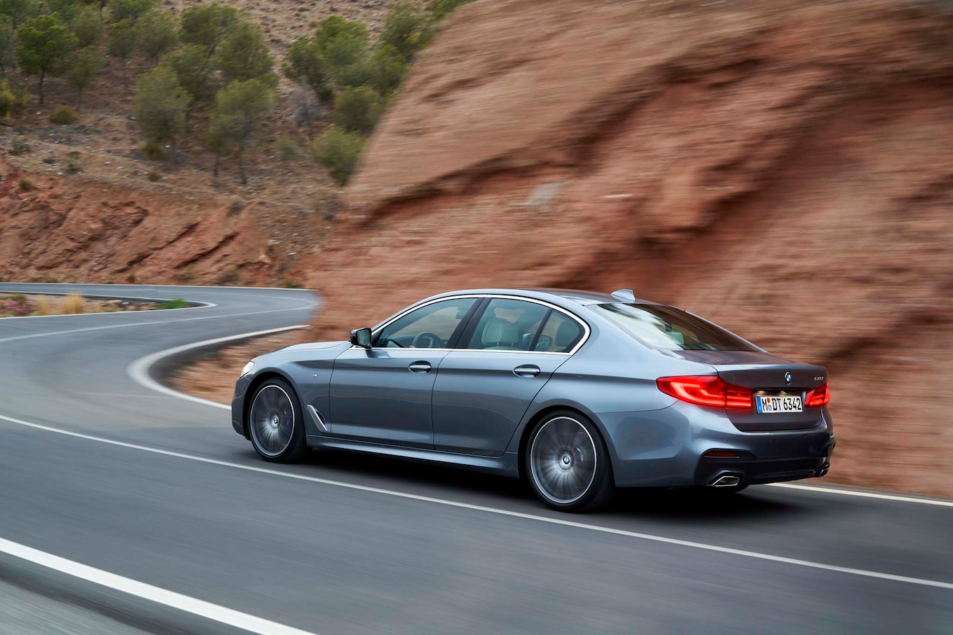 2017 Bmw 5series Reviews And Rating  Motor Trend