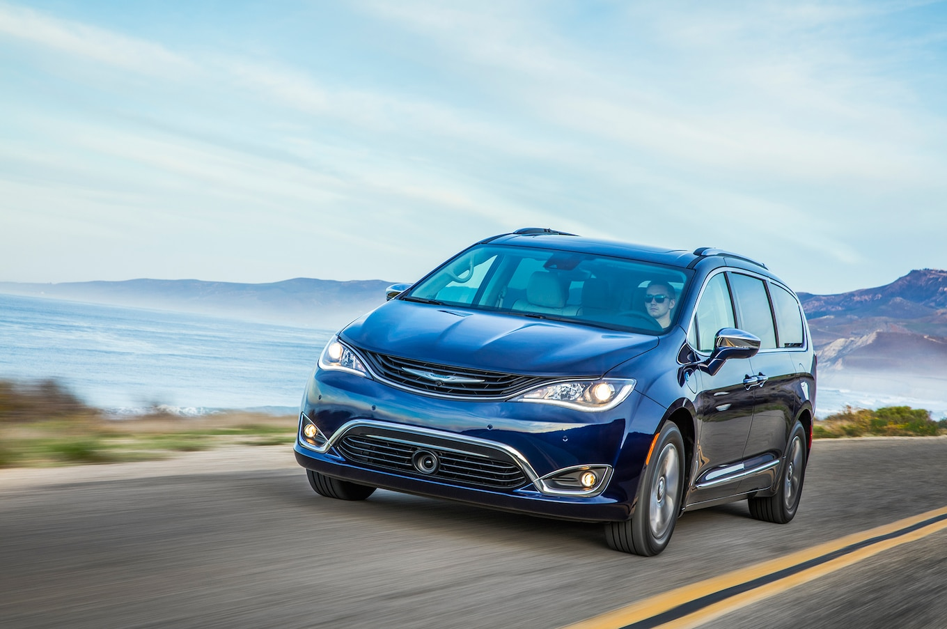 2018 Chrysler Pacifica Reviews And Rating