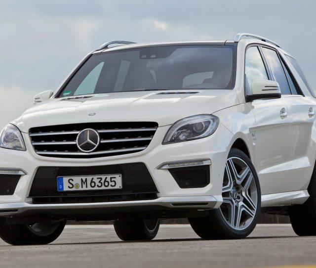 Mercedes Benz Ml  Amg Front View