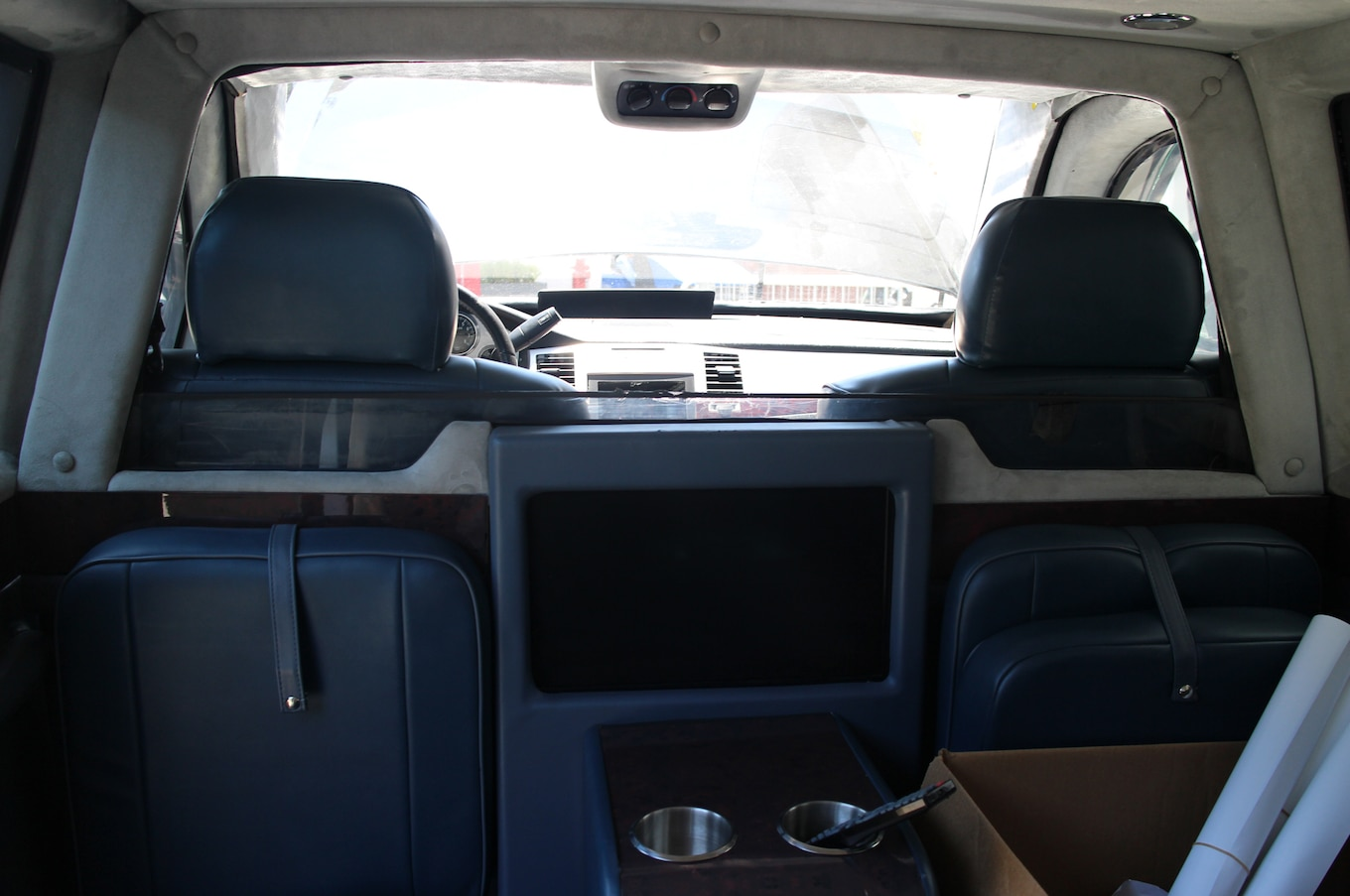 Driving The Cadillac Presidential Limo From White House Down