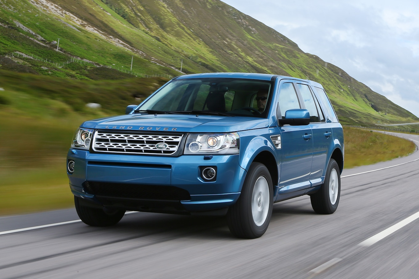 Refreshing or Revolting Land Rover Discovery Sport Motor Trend WOT