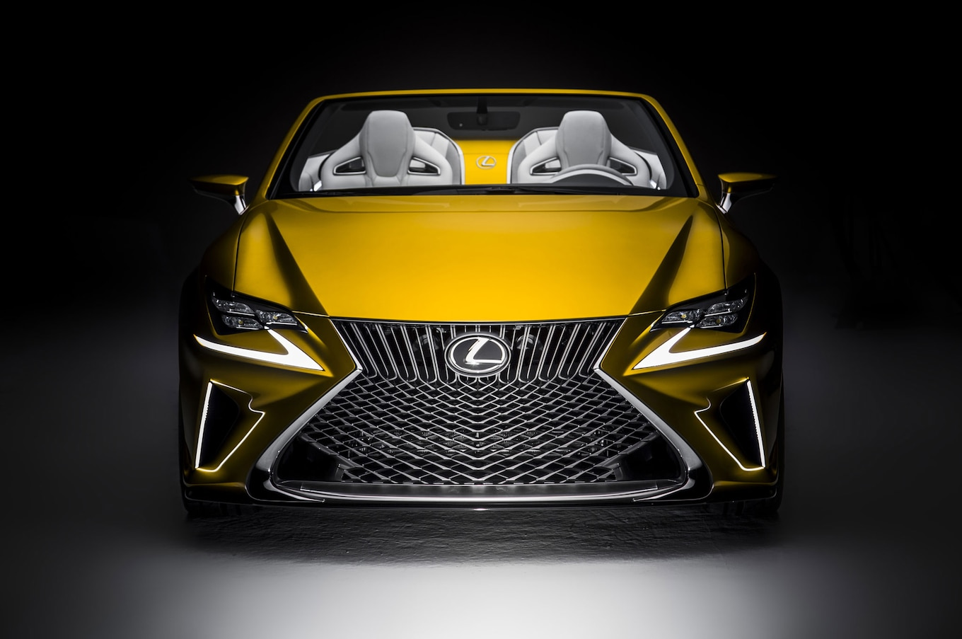 Lexus LF C2 Concept Debuts at 2014 Los Angeles Auto Show