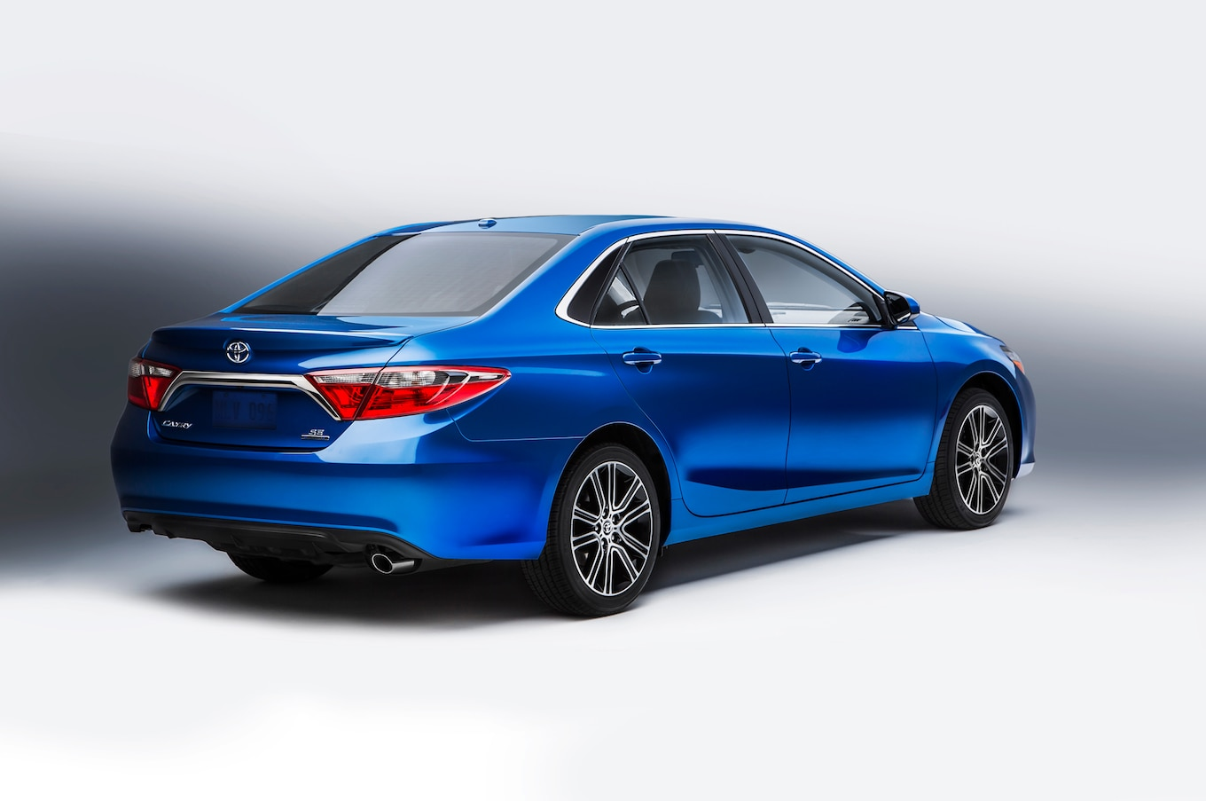 interior all new camry 2016 grand veloz 1.5 vs mobilio rs toyota corolla special edition to bow at chicago