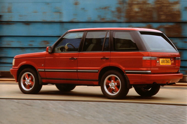 Land Rover Heritage Division to fer Parts for Older Models