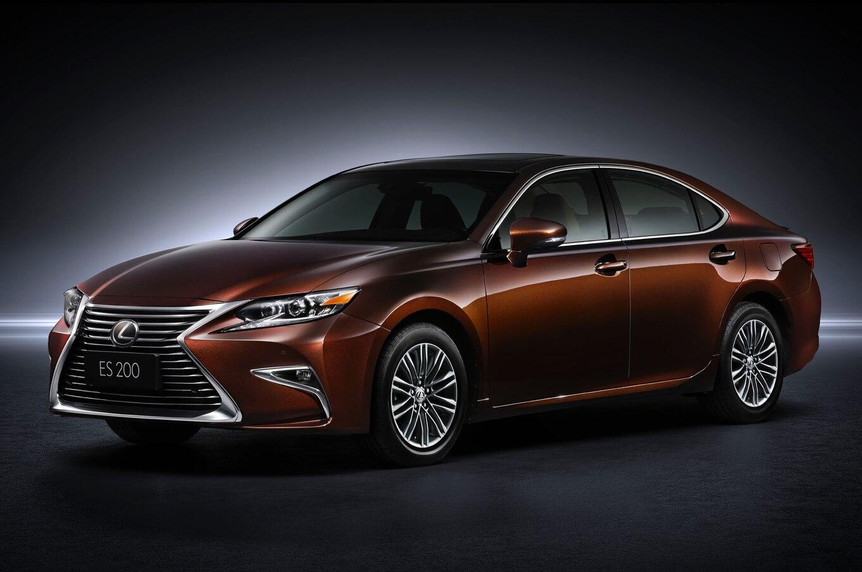 Refreshing or Revolting 2016 Lexus ES
