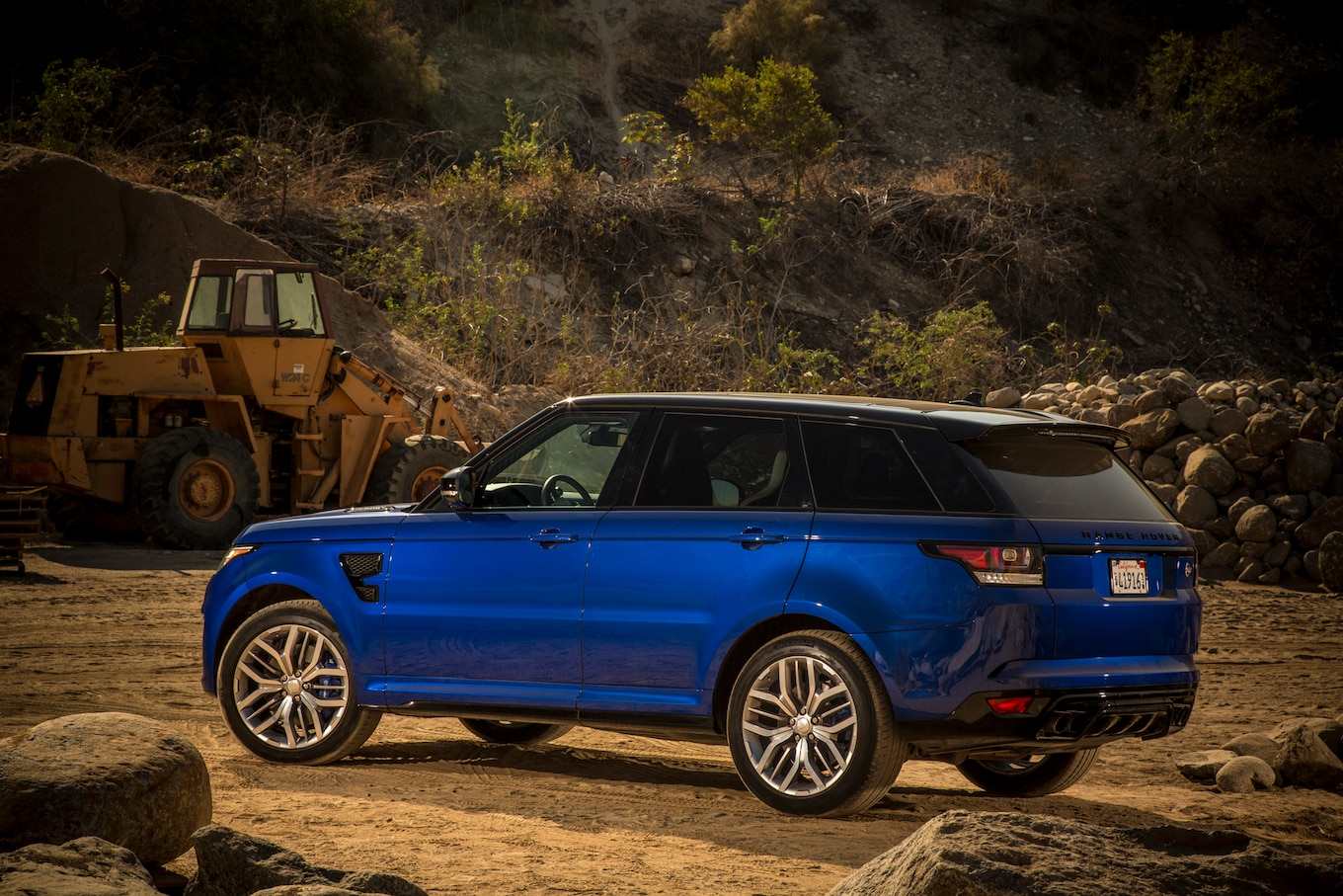 BMW X6 M vs Land Rover Range Rover Sport SVR vs Mercedes AMG