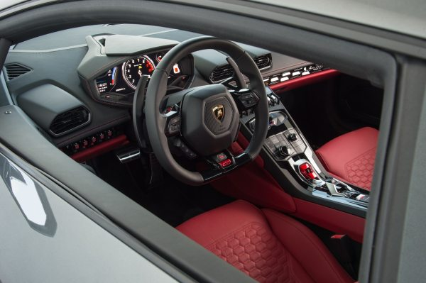 20 Lamborghini Huracan Interior Pictures And Ideas On Weric