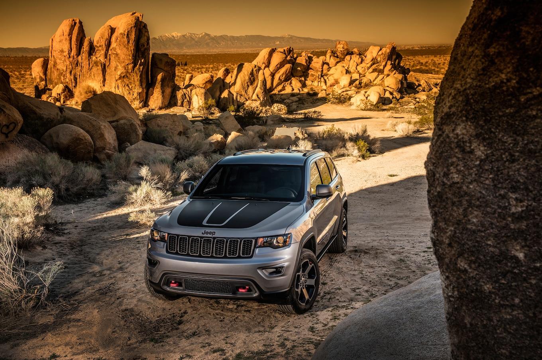 foto grand new veloz 2017 jual head unit jeep cherokee trailhawk review first drive