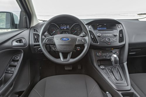 small resolution of 2016 ford focus se ecoboost i 3 first test driving the manual and auto motortrend