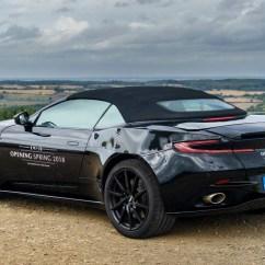 Grand New Avanza E 1.3 Manual All Corolla Altis Aston Martin Db11 Volante Convertible Coming In 2018