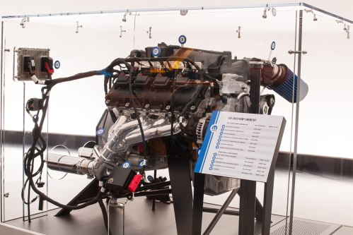 small resolution of mopar launches modern v 8 crate engine kits for classic muscle cars motortrend