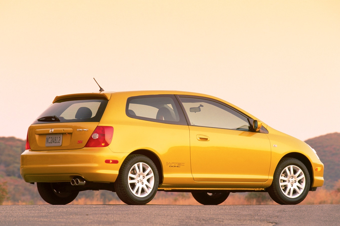 hight resolution of honda civic si through the years history of the front drive sport compact motortrend