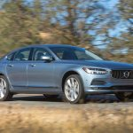 2017 Volvo S90 T6 AWD Inscription front three quarters