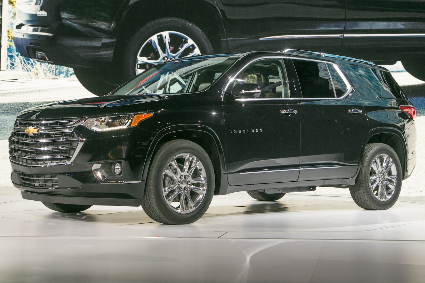 hight resolution of 2018 chevrolet traverse first look going for a truckier look motor trend