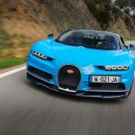 Bugatti Chiron front end quarter in motion 06