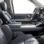 2018 Lincoln Navigator front interior seats