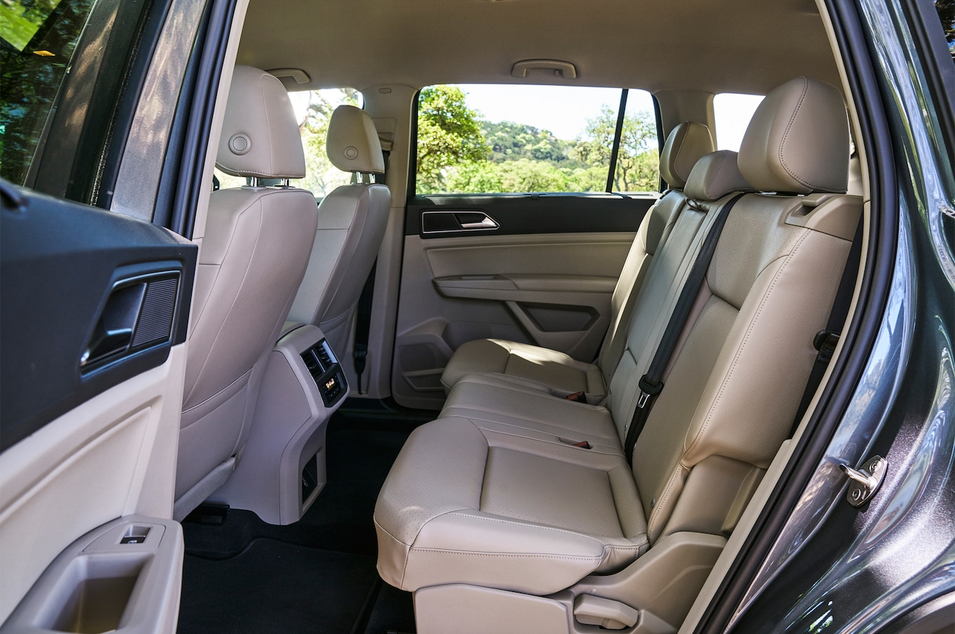 2018 Volkswagen Atlas rear seat