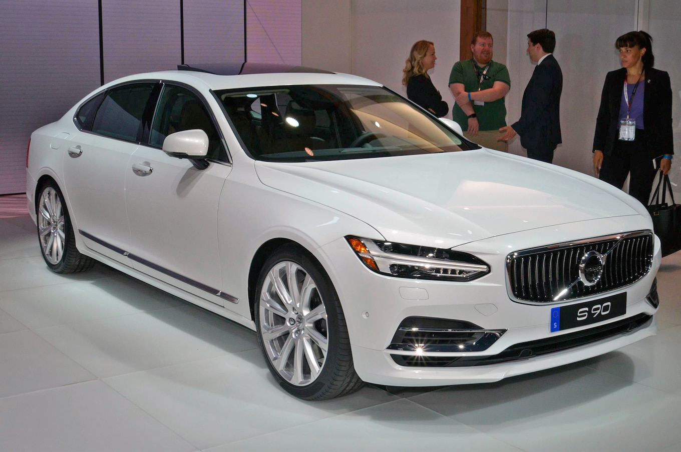 2018 Volvo S90 First Look Stretched Swede (mostly