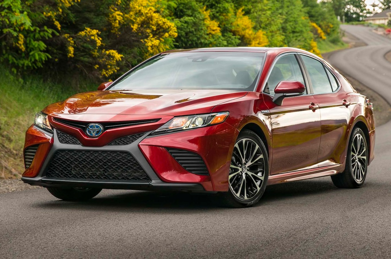 all new camry 2017 indonesia 2018 thailand toyota first drive review boldly going motortrend
