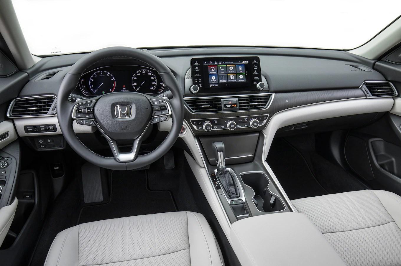 interior grand new veloz 1.5 avanza 2017 2018 honda accord touring 1 5t dashboard 02 motor trend