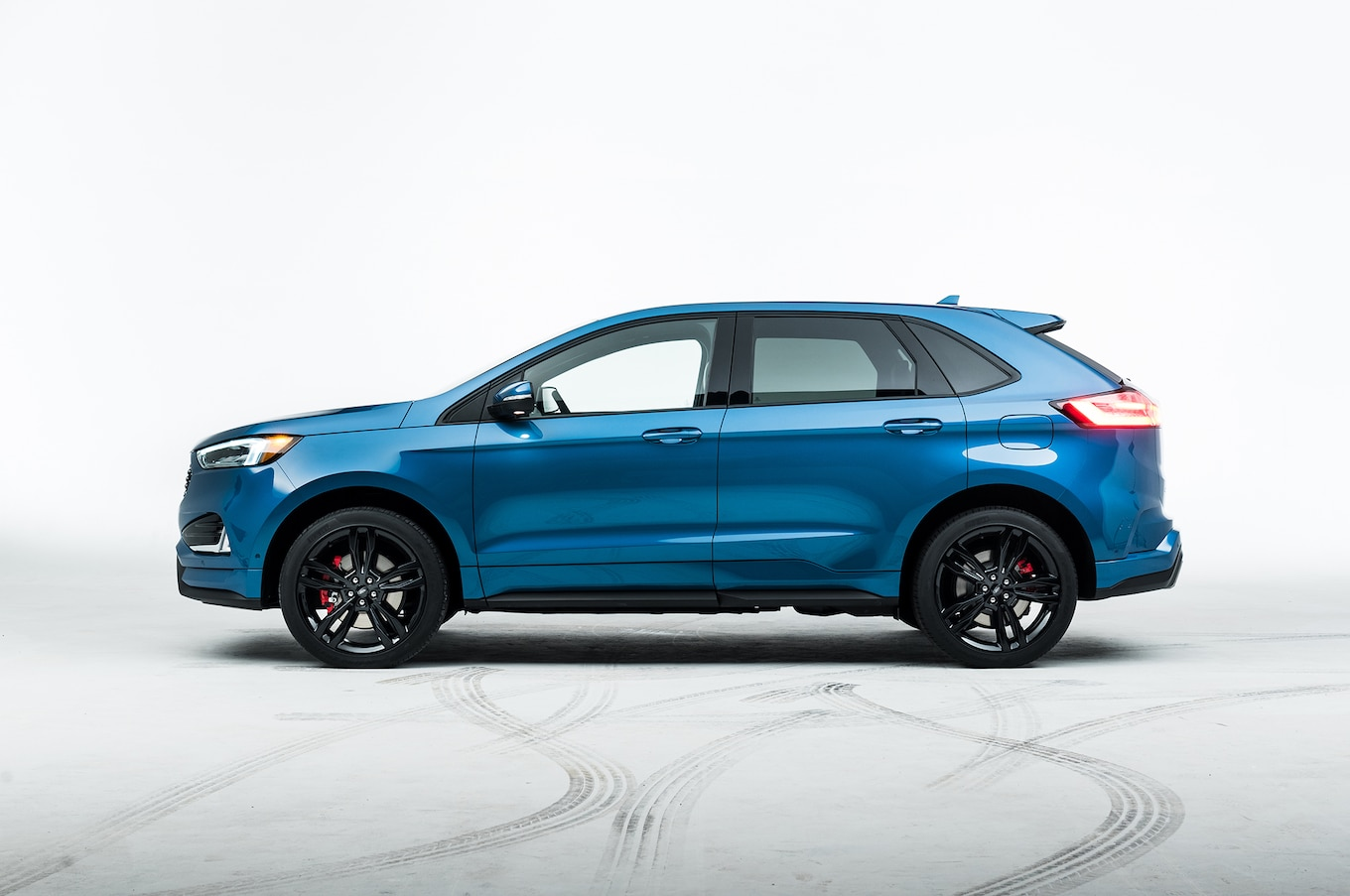hight resolution of 2019 ford edge st first look first performance suv motor trend 2007 lincoln mkx engine diagram 2011 ford edge engine diagram colored