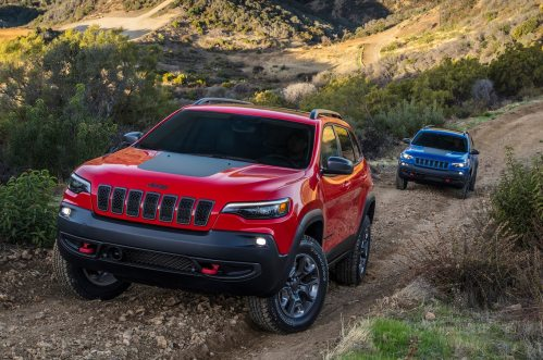 small resolution of 2019 jeep cherokee trailhawk 2 0 first test ready for the wilderness motortrend