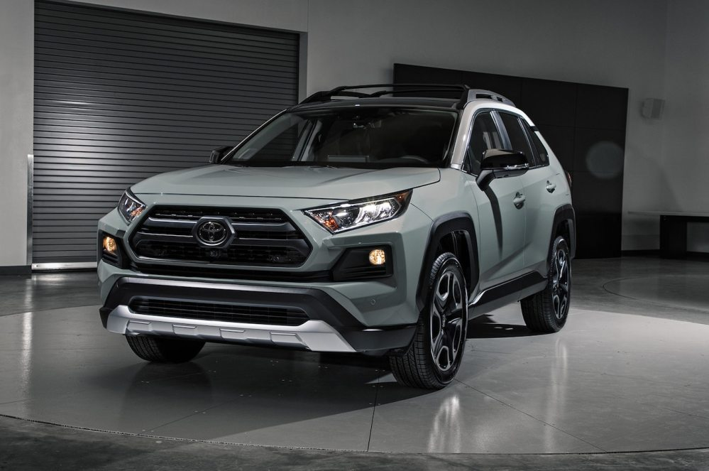 medium resolution of 2019 toyota rav4 first look new look for the suv sales king motortrend