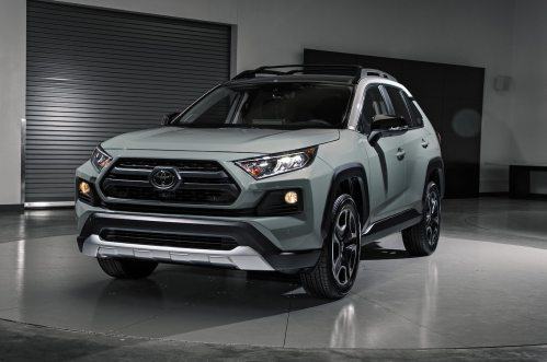 small resolution of 2019 toyota rav4 first look new look for the suv sales king motortrend