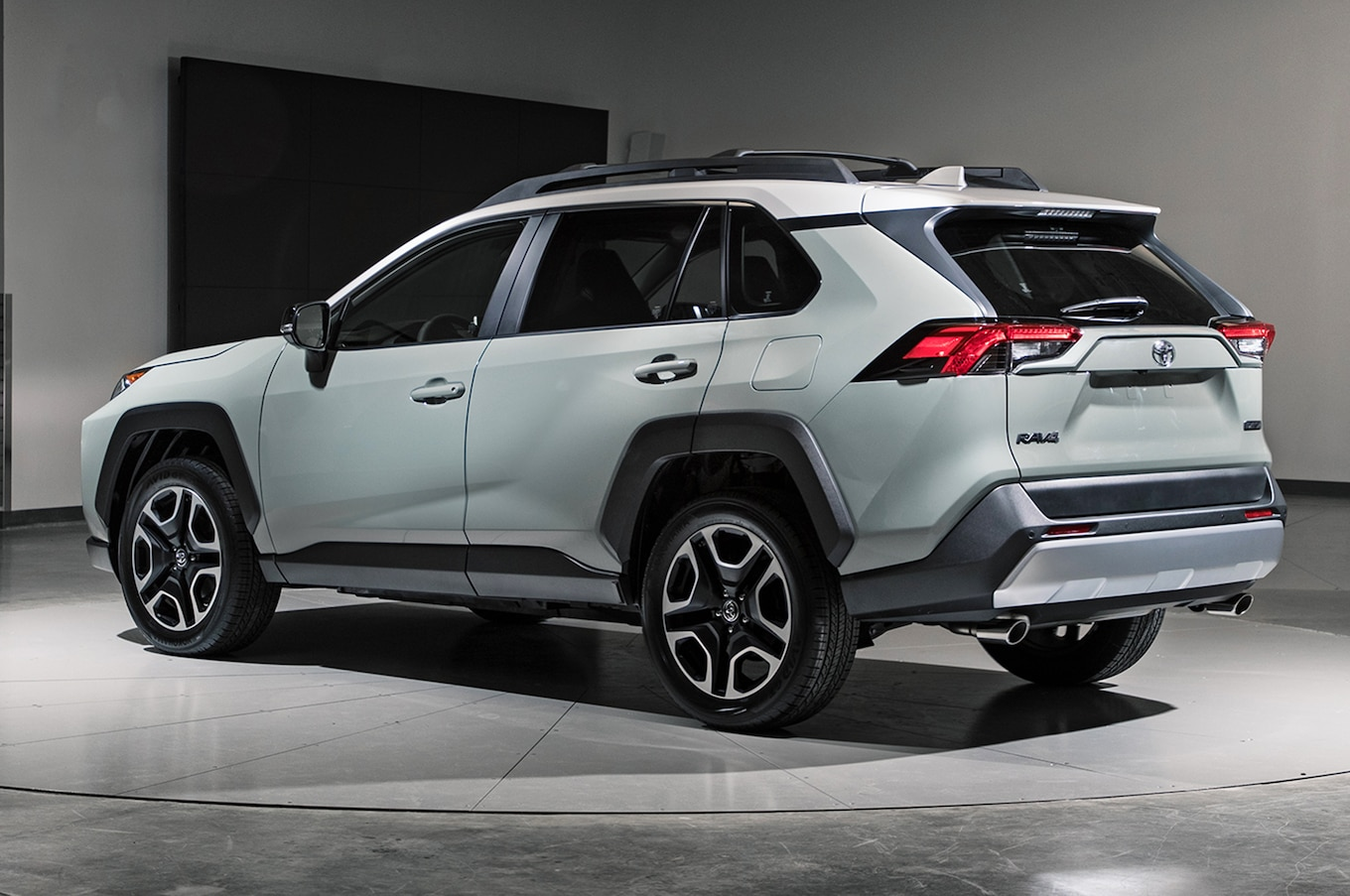 2019 toyota rav4 first look new look for the suv sales king raw 4 toyota engine diagram [ 1360 x 903 Pixel ]