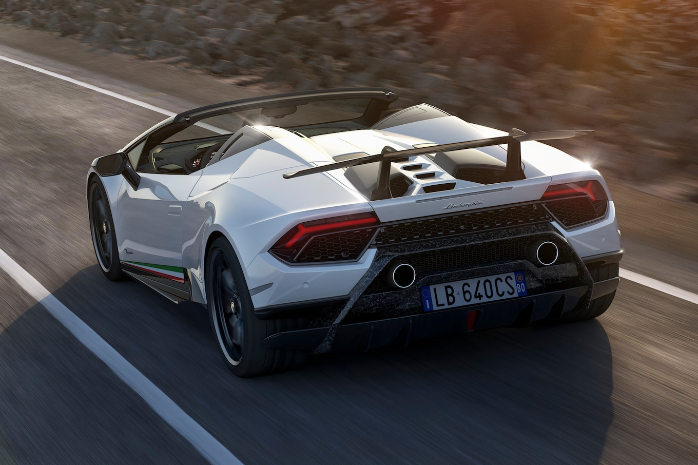 Like The Coupe, The Huracan Performante Spyder Is Powered By A 5.2 Liter  V 10 Good For 630 Hp And 443 Lb Ft Of Torque. Unlike Most Of Its  Competitors, ...