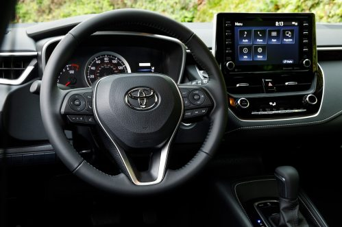 small resolution of 2019 toyota corolla hatchback se steering wheel erika pizano april 13 2018