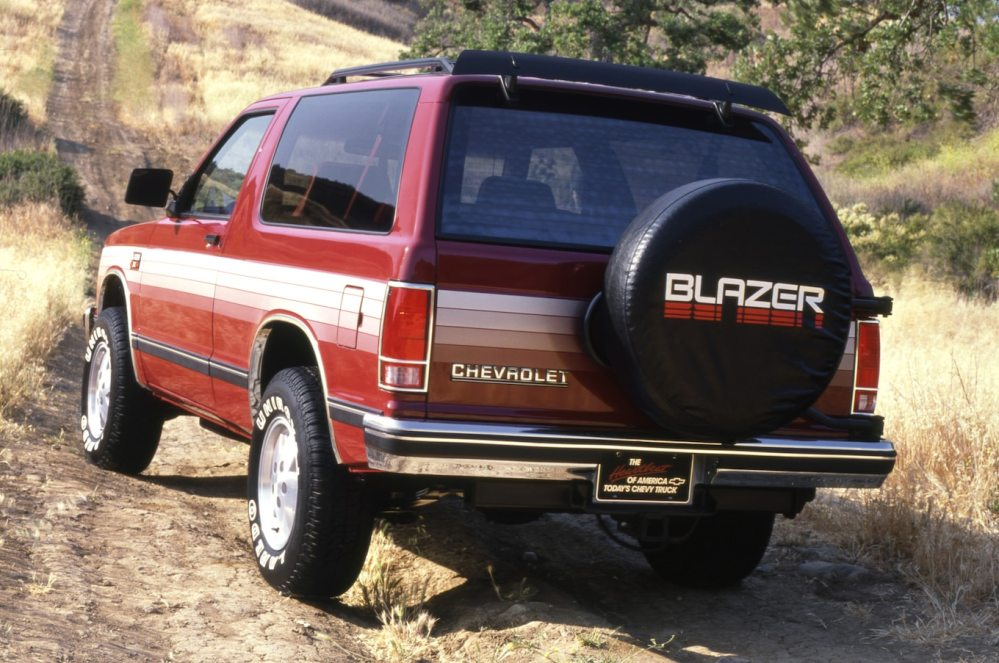 medium resolution of chevrolet blazer photos and history from truck based suv to car based crossover motortrend