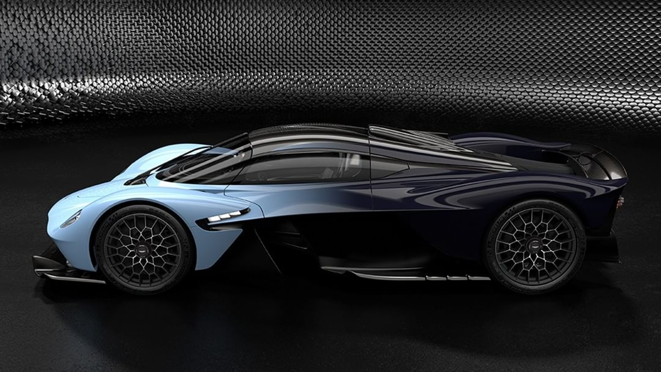 Hyper Car Driver Wallpaper The Production Aston Martin Valkyrie Looks Absolutely