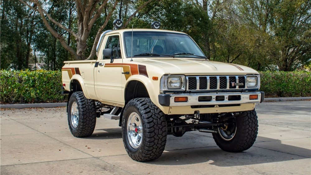 medium resolution of this 1983 toyota sr5 is the antidote for modern pickup truck bloat motortrend