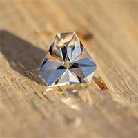 Chế tạo thành công loại kim cương ngoài vũ trụ ở nhiệt độ thông thường trong phòng thí nghiệm chỉ với vài phút