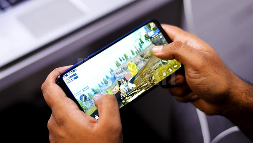 How to stream a PC game to your smartphone and play with touch controls