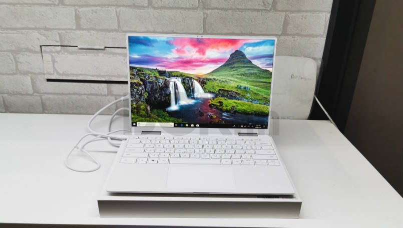 Dell XPS 13 2-in-1 Hands On: End of the nosecam era