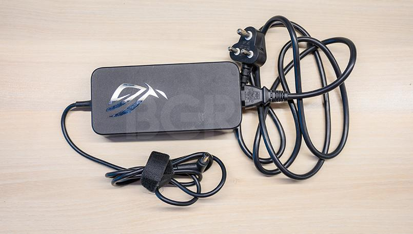 Asus ROG Zephyrus S GX701 Review Battery Adapter