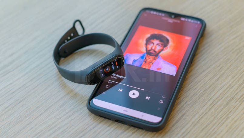 Mi Band 4 Review Music controls