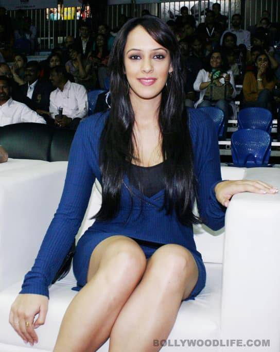 2 Kangna Ranaut Sonu Sood And Hazel Keech At Indian Amateur Boxing Federation Launch Event Photogallery At Bollywoodlife Com