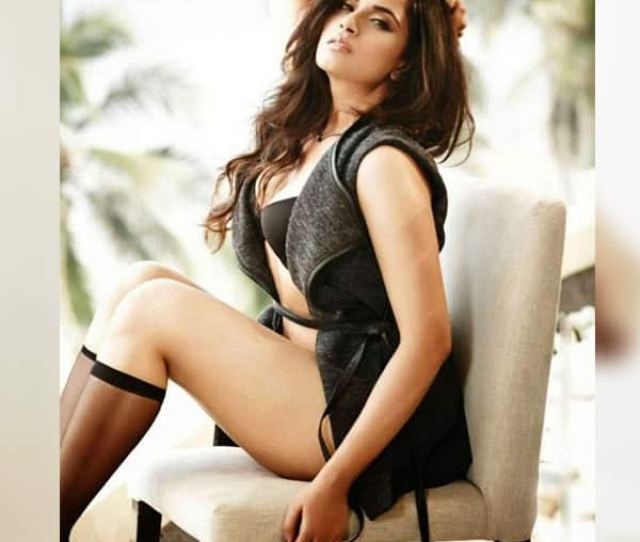 Richa Chaddas This Picture Is Hotness Personified