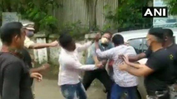 ABVP students activist beaten dhule