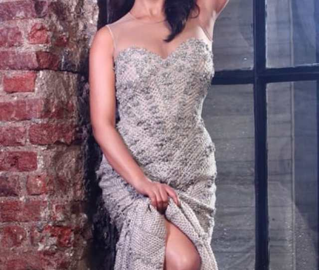 Shriya Saran Looks Hot Af In This Picture