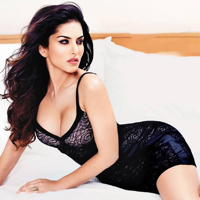 Sunny Leone in super hot black outfit