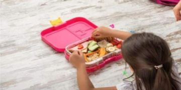 Tips to help parents instill good eating habits in kids