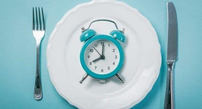 Intermittent fasting may not be a great fit for you   TheHealthSite.com