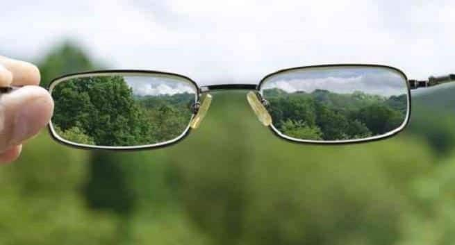 blurry vision - tips to deal with it | TheHealthSite.com
